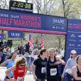 Exclusif - Ivanka Trump court le semi-marathon de New York, supportée par ses enfants et son mari Jared Kushner. Le 19 avril 2015