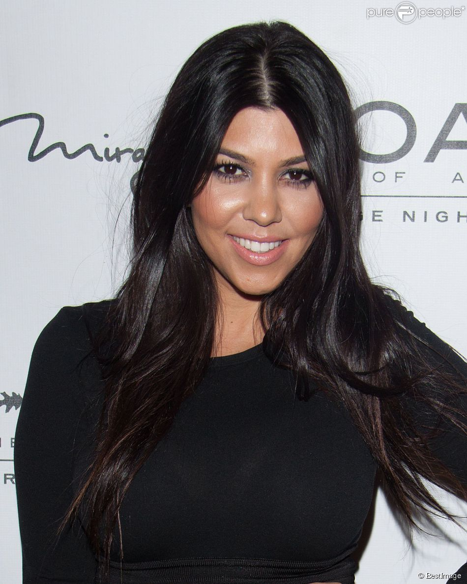 """Kourtney Kardashian fête ses 36 ans au """" 1Oak Nightclub """" à Las Vegas, le 18 avril 2015"""