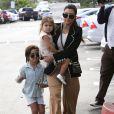 Kourtney Kardashian et ses enfants Penelope et Mason - La famille Kardashian à la messe de Pâques à Calabasas. Le 5 avril 2015