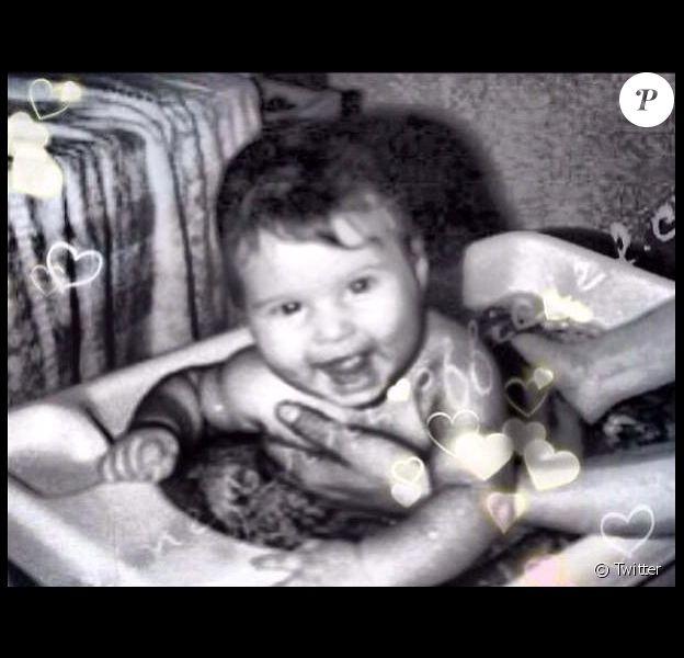 Karine Ferri : adorable lorsqu'elle n'était qu'un bébé !