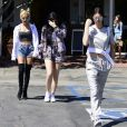 Kendall, Kylie Jenner et Pia Mia quittent le Mauro's Cafe Fred Segal à Los Angeles, le 28 avril 2015.