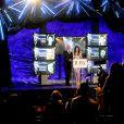 Bruce Willis et Mary-Louise Parker annoncent les nommés aux Tony Awards 2015 à New York, le 28 avril 2015