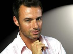 INTERVIEW EXCLUSIVE : Nicolas Deuil est prêt à tout pour plaire ! VIDEO