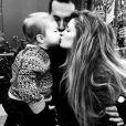 Marisa Miller et les deux hommes de sa vie : son fils et son mari. Photo en date du 22 décembre 2015.