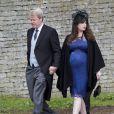 Charles Spencer, frère de Lady Di, et son épouse Karen, enceinte de leur fille Charlotte, lors d'un mariage en juin 2012