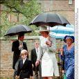 Lady Diana, son fils le prince William et sa mère Frances Shand au mariage de Charles Spencer et Victoria Lockwood en septembre 1989 à Brington