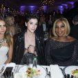 """Cara Delevingne, St. Vincent (Annie Clark) et Mary J. Blige assistent à la soirée """"Divine"""" organisée par de Grisogono à l'hôtel Eden Roc au Cap d'Antibes. Le 19 mai 2015."""