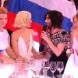 Conchita Wurst et la candidate russe lors de l'Eurovision 2015, à Vienne le 23 mai.