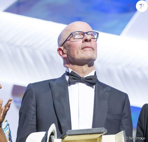 """Jacques Audiard (Palme d'Or pour le film """"Dheepan"""") - Cérémonie de clôture du 68e Festival International du film de Cannes, le 24 mai 2015."""