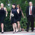 Jessica Simpson, enceinte, sa soeur Ashlee et sa mere Tina assistent au mariage d'une amie a Pacific Palisades, le 13 avril 2013.