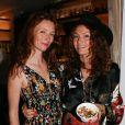 """Audrey Marnay, Aurélie Saada (du groupe Brigitte) - Soirée """"Grand Fooding S. Pellegrino"""" au marché Paul Bert Serpette à Saint-Ouen, le 6 juin 2015."""