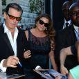 Pierce Brosnan et sa femme Keely Shaye Smith - Arrivée des people au défilé Saint Laurent Homme collection Printemps-Eté 2016 au Carreau du Temple lors de la Fashion Week à Paris, le 28 juin 2015.