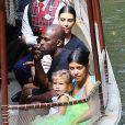 Kim Kardashian enceinte, Corey Gamble, Kourtney Kardashian et sa fille Penelope au parc d'attractions Disneyland. Anaheim, le 8 juillet 2015.