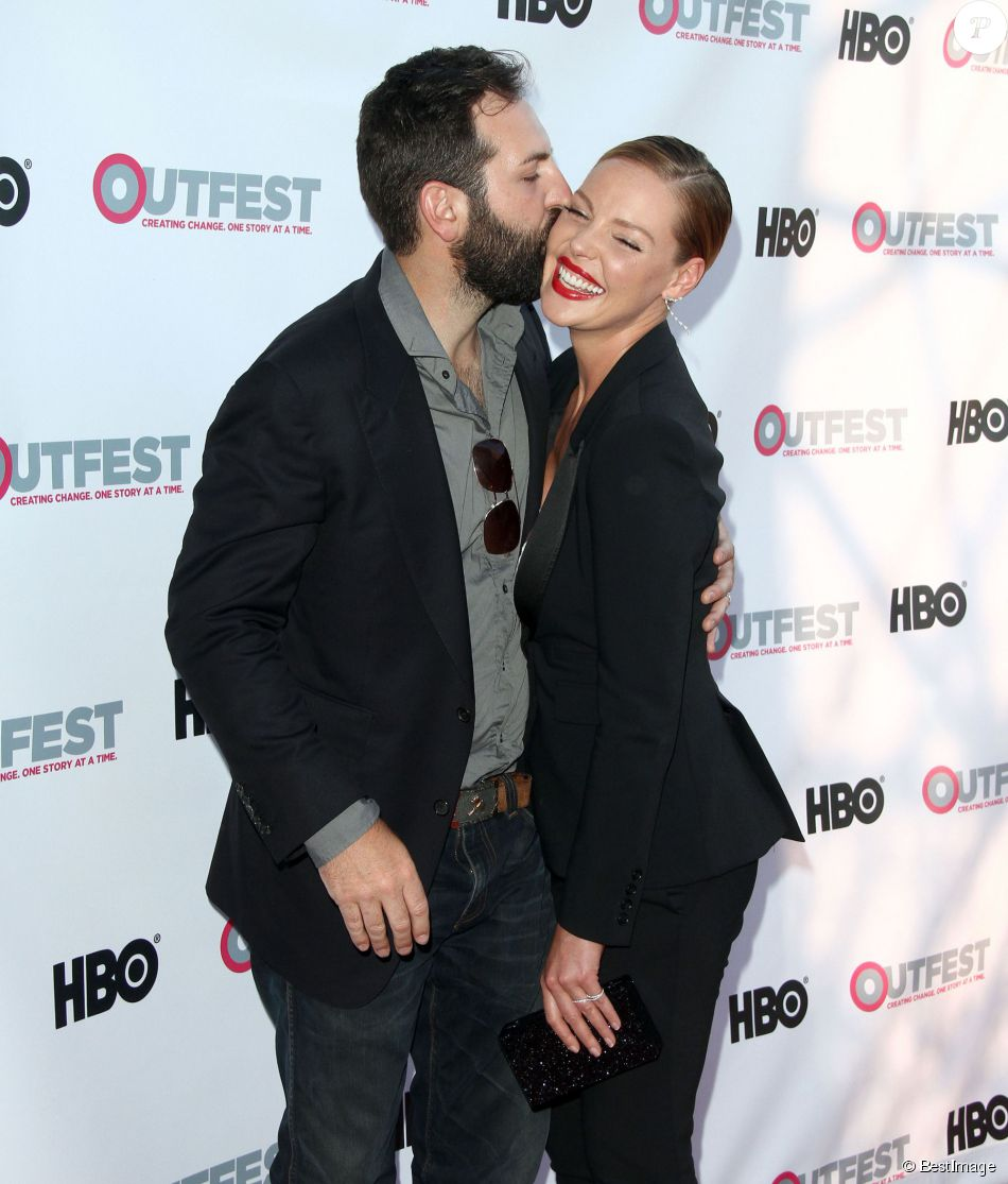 Katherine Heigl et son mari Josh Kelley  à la première de « Jenny's wedding » à West Hollywood, le 10 juillet 2015