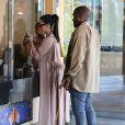 Kim Kardashian, enceinte, est allée au cinéma avec son mari Kanye West et sa fille North et font du léche vitrine à Calabasas, le 11 juillet 2015