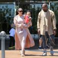 Kim Kardashian, enceinte, est allée au cinéma avec son mari Kanye West et sa fille North à Calabasas, le 11 juillet 2015