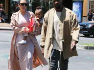 Kim Kardashian, enceinte : Photos sexy et première formes avec Kanye et North