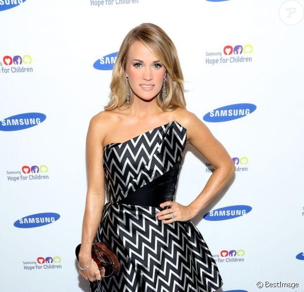 """Carrie Underwood lors du 13ème gala annuel """"Samsung Hope For Children"""" à New York, le 10 juin 2014."""