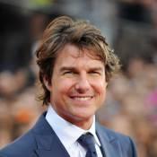 Tom Cruise, délirant, fait le show en chansons quand Suri boude en solitaire