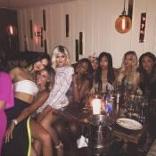 Kylie Jenner : Blonde, sexy et en bonne compagnie pour fêter ses 18 ans