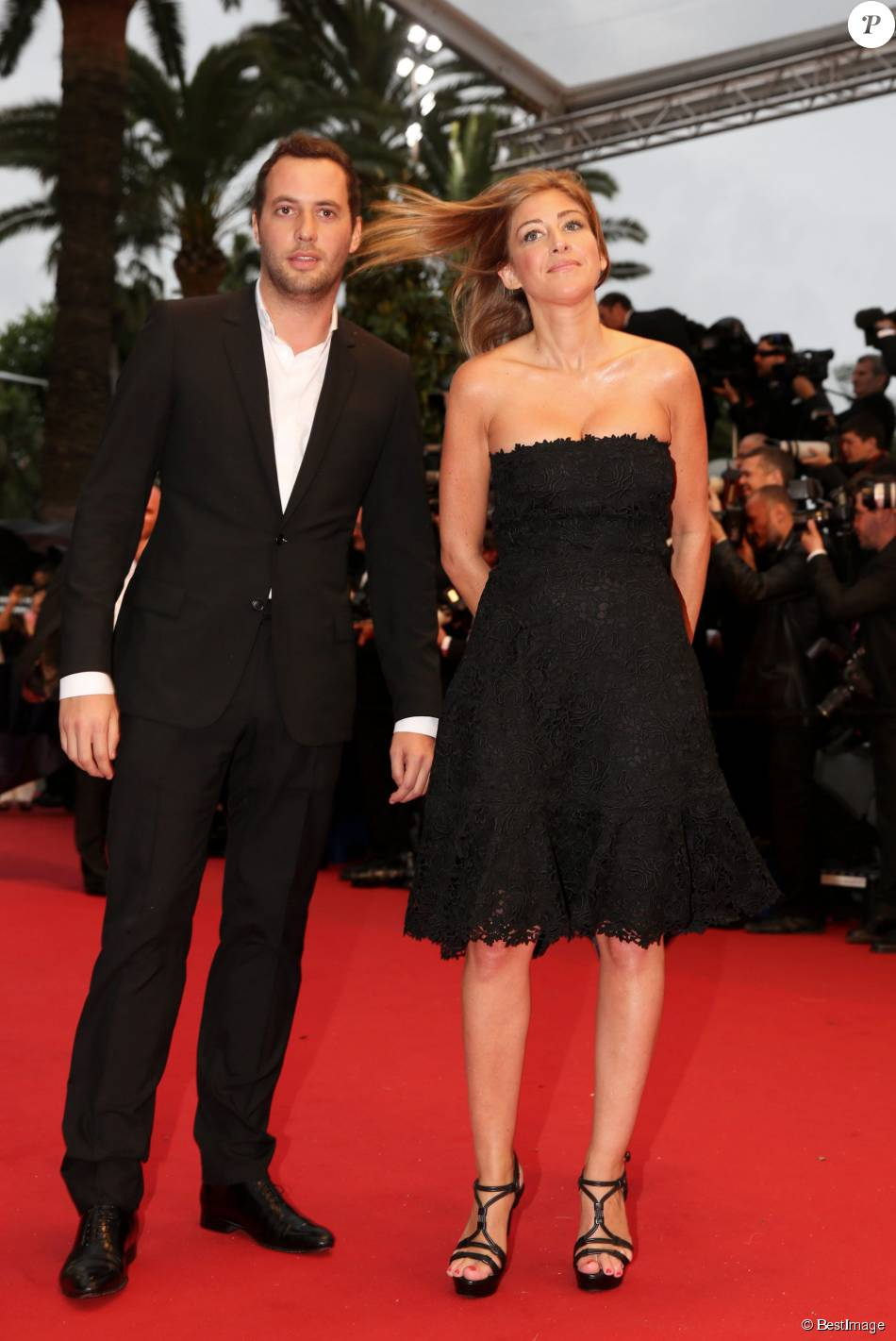 Amanda sthers et son ex thierry weinberg montee des marches du film gatsby le magnifique pour - Sonia mabrouk en couple ...
