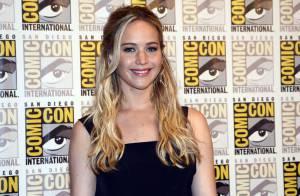 Jennifer Lawrence : Une Dior Addict à la bouche gourmande