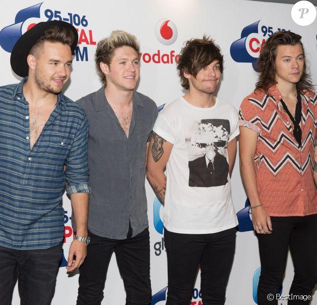 """Liam Payne, Niall Horan, Louis Tomlinson et Harry Styles (One Direction) - Arrivée des people à l'évènement """"Summertime Ball"""" de Capital FM à Londres, le 5 juin 2015."""