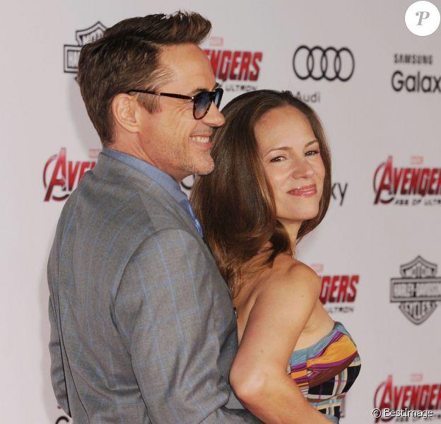 """Robert Downey Jr. et sa femme Susan Downey lors de la première de """"Avengers : L'ère d'Ultron"""" à Los Angeles, le 13 avril 2015."""