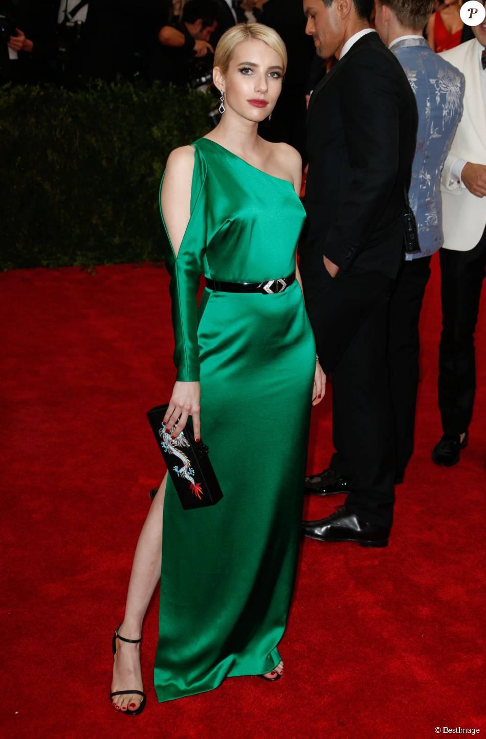 Emma Roberts Soirée Costume Institute Gala 2015 Met Ball Au
