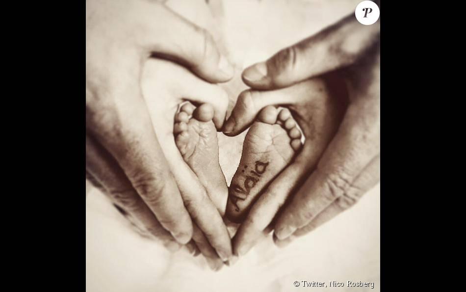 Nico Rosberg a dévoilé sur son compte Twitter le prénom de sa petite fille, Alaïa, née le 30 août 2015