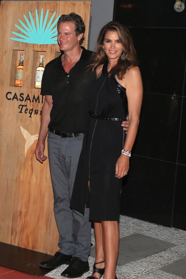 """Cindy Crawford et son mari Rande Gerber - Soirée de lancement de la marque de téquila """"Casamigos"""" à l'hôtel Ushuaïa Ibiza Beach à Ibiza, le 23 août 2015."""