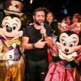Exclusif - Cyril Hanouna - Cyril Hanouna fête son 41e anniversaire à Disneyland Paris le 24 septembre 2015. Afin de faire plaisir au plus grand nombre le jour de ses 41 ans, Cyril Hanouna a invité ses chroniqueurs et tout le public de l'émission  Touche pas à mon poste  à Disneyland Paris.