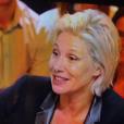 """La nouvelle coiffure de Maïtena Biraben dans """"Le grand journal"""" de Canal+ a été particulièrement moquée. L'animatrice a tenu à répondre, avec humour, à ses détracteurs."""