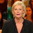 """La nouvelle coiffure de Maïtena Biraben dans """"Le grand journal"""" de Canal+ a beaucoup fait parler. L'animatrice a tenu à répondre, avec humour, à ses détracteurs."""
