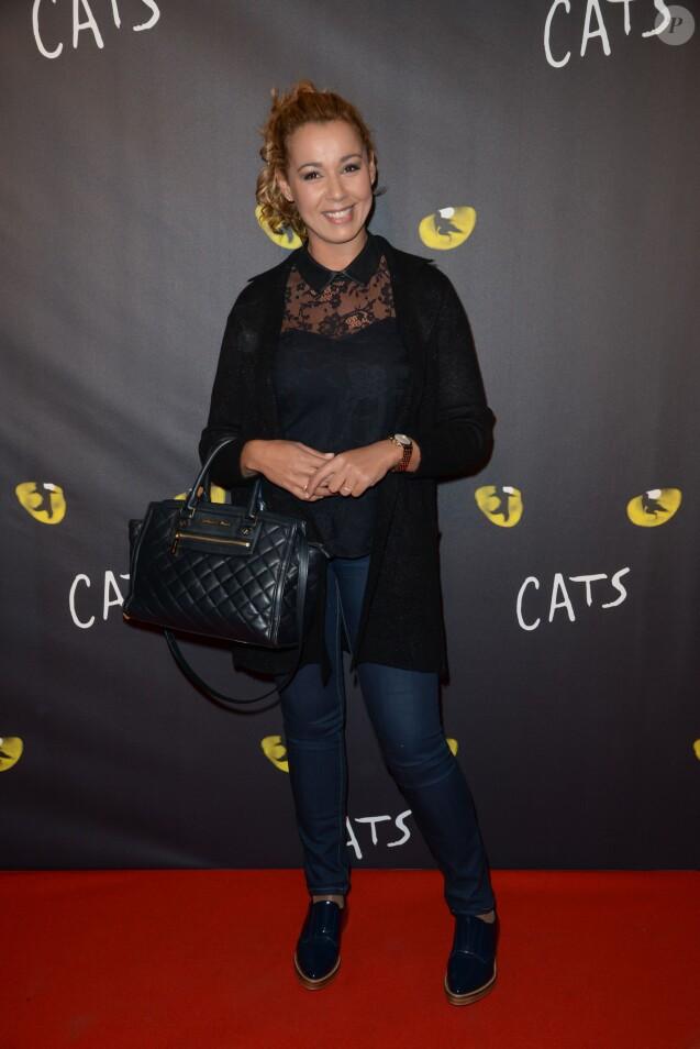 """Chimène Badi - Première de la comédie musicale """"Cats"""" au théâtre Mogador à Paris, le 1er octobre 2015."""