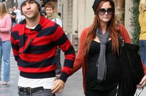 REPORTAGE PHOTOS : Pete Wentz et Ashlee Simpson, très enceinte, font le spectacle !