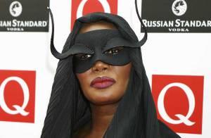 REPORTAGE PHOTOS : Grace Jones, une Catwoman déchaînée, quel look !