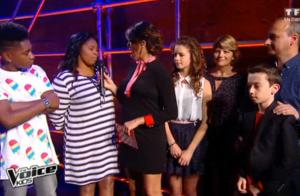 Karine Ferri enceinte: Robe courte et baby-bump très visible dans The Voice Kids