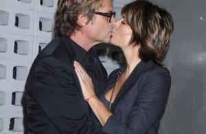 REPORTAGE PHOTOS : Lisa Rinna, déchaînée, french kiss à son homme... sur tapis rouge !