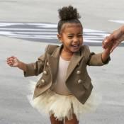 North West, 2 ans : La fille de Kim et Kanye casse les photographes, étonnés