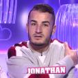 Jonathan au confessionnal, dans la quotidienne de  Secret Story 9  du mercredi 28 octobre 2015.