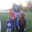 Kourtney Kardashian a passé un Halloween 2015 placé sous le signe des super-héros avec ses enfants