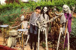Laeticia Hallyday et ses filles : Halloween à L.A. pendant que Johnny chante...