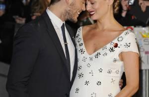 Hunger Games : Sam Claflin, futur papa aux anges au côté de sa femme enceinte