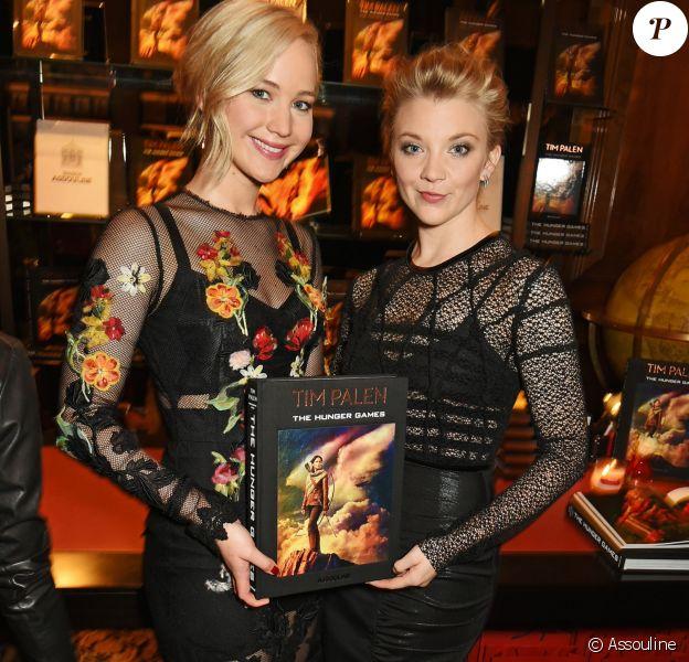 Jennifer Lawrence et Natalie Dormer - Soirée privée pour fêter la sortie d'un livre collector sur Hunger Games, au bookstore de Maison Assouline à Londres, le 6 novembre 2015.