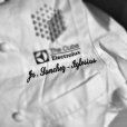 """Jonray Sanchez-Iglesias, talentueux chef du restaurant étoilé Casamia à Bristol, est mort le 6 novembre 2015 à 32 ans après un long combat contre un cancer de la peau. Photo Twitter de son """"uniforme"""" en 2012."""