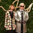 Anna Wintour et Karl Lagerfeldassistent aux British Fashion Awards 2015 au London Coliseum. Londres, le 23 novembre 2015.