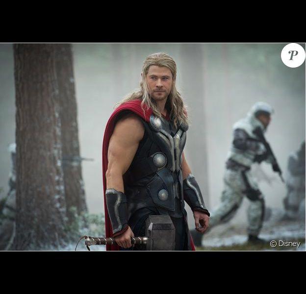 Chris Hemsworth dans le costume de Thor.