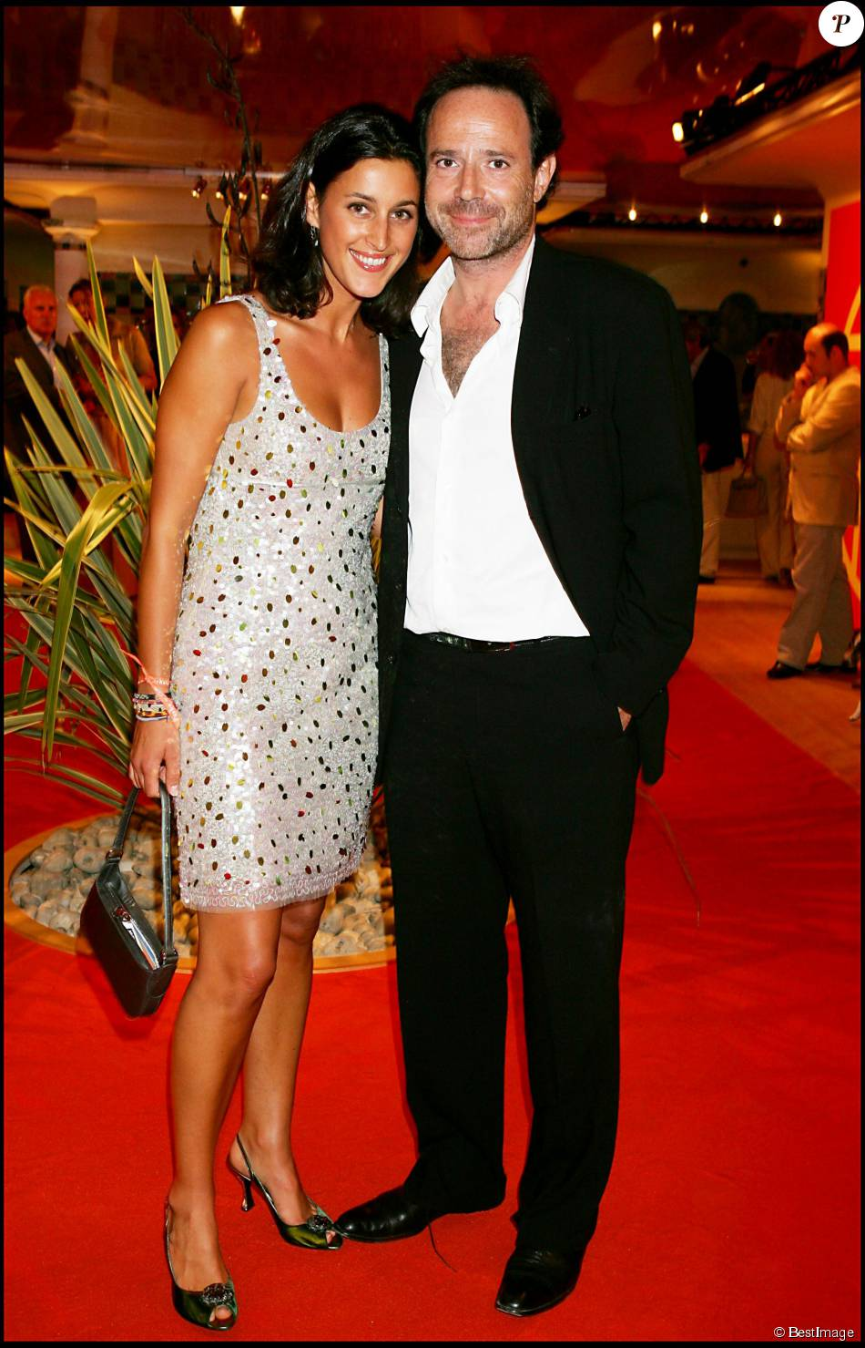 pauline l v que et marc l vy la maison cartier deauville le 3 septembre 2005 purepeople. Black Bedroom Furniture Sets. Home Design Ideas