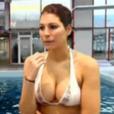 Laury Thilleman, en bikini, lors de sa participation à  Splash!  en 2013.